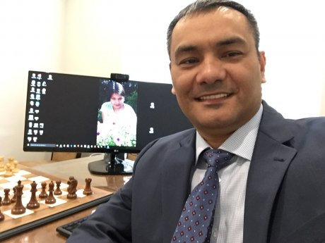Group lessons by GM Babakuli Annakov
